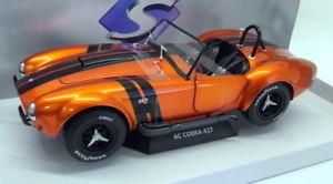 【送料無料】模型車 モデルカー スポーツカー スケールモデルカーコブラオレンジ