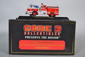 【送料無料】模型車 モデルカー スポーツカー コードグッズ#ベーカーズフィールドcode 3 collectibles 12860 bakersfield fire dept  century pumper 164