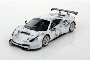 【送料無料】模型車 モデルカー スポーツカー フェラーリバージョンカモフラージュlooksmart ferrari 488 gt3 camo version white camouflage lsrc19 143