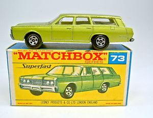 【送料無料】模型車 モデルカー スポーツカー マッチステーションワゴンボックスホイールトップmatchbox sf nr 73a mercury station wagon grnmet dnne rder top in g box