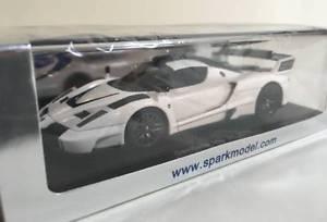 【送料無料】模型車 モデルカー スポーツカー スパークホワイトspark 143 gemballa mig u1 2010 white s2180