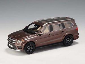 【送料無料】模型車 モデルカー スポーツカー メルセデスベンツ×ブラウンglm mercedesbenz amg gl63 x166 brown 143 glm205201