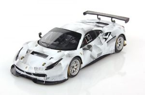 【送料無料】模型車 モデルカー スポーツカー フェラーリグアテマラカムフラージュferrari 488 gt3 white camouflage