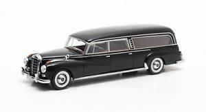 【送料無料】模型車 モデルカー スポーツカー メルセデスベンツマトリックスmercedes benz pollmann 300d hearse 1956 matrix 143 mx51302031