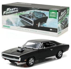 【送料無料】模型車 モデルカー スポーツカー ライトgreenlight 118 artisan auto doms 1970 dodge charger fast and furious 19027