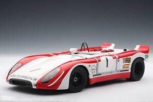 【送料無料】模型車 モデルカー スポーツカー ポルシェワトキンズグレン#レッドマンporsche 9082 908 watkins glen winner 1969 1 redman siffert sp autoart 118