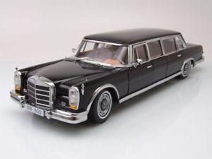 【送料無料】模型車 モデルカー スポーツカー メルセデスプルマンブラックモデルカーサンmercedes 600 pullman 1966 schwarz, modellauto 118 sun star