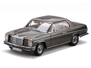 【送料無料】模型車 モデルカー スポーツカー メルセデスベンツストローククーペグレーサンスターmercedes benz strich 8 coupe met grau 118 sunstar