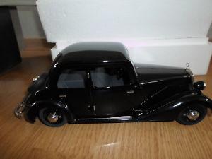 【送料無料】模型車 モデルカー スポーツカー メルセデスベンツセダンプレートschucoedition 00051 118 mercedesbenz 170v limousine blech ovp