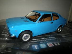 【送料無料】模型車 モデルカー スポーツカー モデルフィアットクーペ118 laudoracing model fiat 128 coupe 1100 s blueblau in ovp