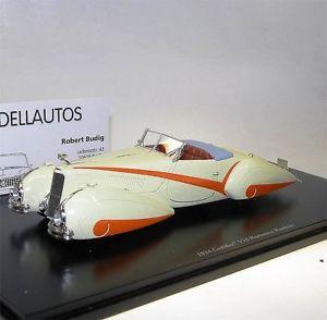 【送料無料】模型車 モデルカー スポーツカー スケールモデルキャデラックハルトマンロードスターホワイトオレンジtruescale tsm model, 1934 cadillac v16 hartmann roadster, whiteorange, 143