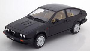 【送料無料】模型車 モデルカー スポーツカー アルファロメオシリーズ