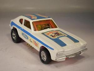【送料無料】模型車 モデルカー スポーツカー コーギーホイールフォードカプリサン#corgi toys whizzwheels 163 ford capri santapod gloworm dragster 054
