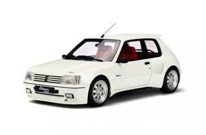 【送料無料】模型車 モデルカー スポーツカー プジョーオットーpeugeot 205 dimma white otto 118 ot681