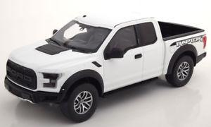 【送料無料】模型車 モデルカー スポーツカー グアテマラフォードラプターホワイトフラットブラック