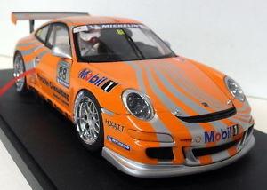 【送料無料】模型車 モデルカー スポーツカー ポルシェグアテマラカップカーオレンジディーラーporsche 911 997 gt3 cup 2006 vip car orange autoart 118 dealer wap
