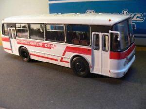 【送料無料】模型車 モデルカー スポーツカー バスソビエト143 abmadyc gaz 695p bus weissrot ussr