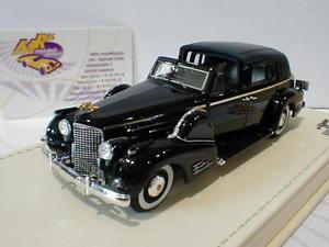 【送料無料】模型車 モデルカー スポーツカー #キャデラックtrue scale tsmce154302 cadillac 90 v16 town car baujahr 1938 schwarz 143