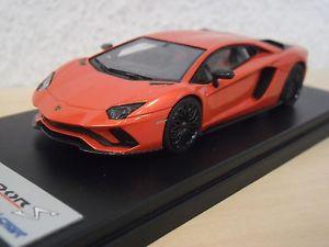 【送料無料】模型車 モデルカー スポーツカー ランボルギーニオレンジアルゴスlooksmart lamborghini aventador s orangemet arancia argos ls468c 143