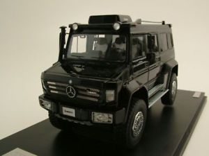 【送料無料】模型車 モデルカー スポーツカー メルセデスブラックモデルカーmercedes unimog u5000 2012 schwarz, modellauto 143 glm