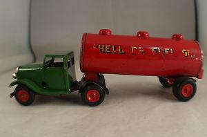 【送料無料】模型車 モデルカー スポーツカー シェルtriang minic toy gb 15m camion avec remorqueciterne shell 18 cm long