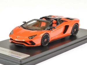 【送料無料】模型車 モデルカー スポーツカー ランボルギーニロードスターアルゴスlamborghini aventador s roadster arancio argos 143 ls482f looksmart