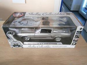 【送料無料】模型車 モデルカー スポーツカー モデルカーシェルビーmodellauto shelby collectibles gt 500 eleanor 1967 118 ovp