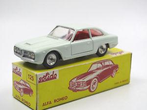 【送料無料】模型車 モデルカー スポーツカー ビンテージシリーズボックスアルファロメオグリーンvintage solido series 100 125 alfa romeo 2600 blassgrn 143 in box