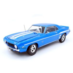 【送料無料】模型車 モデルカー スポーツカー シボレーカマロハイウェイchevrolet yenko camaro 2 fast 2 furious highway 118 18001
