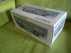【送料無料】模型車 モデルカー スポーツカー ミレニアムクライスラーチャージャシルバーautoart millennium 71506 chrysler charger e49 silber 118 neu ovp