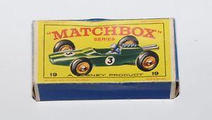 【送料無料】模型車 モデルカー スポーツカー マッチシリーズロータスレーシングカーオリジナルボックスmatchbox serie 175 19 lotus racing car nur die originale box