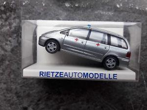 【送料無料】模型車 モデルカー スポーツカー フォードギャシーサービスルクセンブルクスケールrietze 51095 ford galaxy sanittsdienst armee luxemburg mastab 187