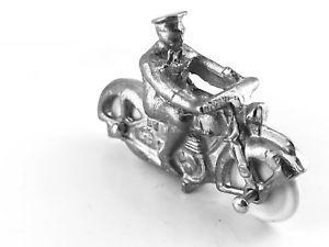 【送料無料】模型車 モデルカー スポーツカー ロイヤルライダーホワイトメタルディスパッチdinky 37c army royal corps of signals despatch rider white metal