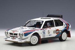 【送料無料】模型車 モデルカー スポーツカー ランチアデルタラリーアルゼンチン#マティーニlancia delta s4 rallye grb argentinien 1986 5 biasion martini win autoart 118