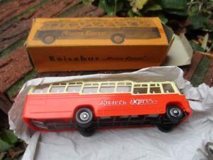 【送料無料】模型車 モデルカー スポーツカー リビエラバスsiku riviera bus v129 in ovp