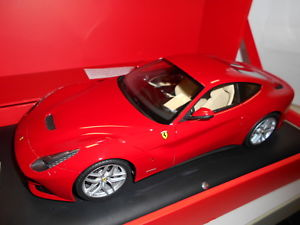 【送料無料】模型車 モデルカー スポーツカー コレクションモデルフェラーリmrfe07c by mr collection models ferrari f12 berlinetta 118