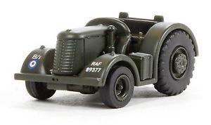 【送料無料】模型車 モデルカー スポーツカー オックスフォードデビッドブラウンカラーリングトターoxford military 176 david brown tug tractor in raf livery 76dbt001