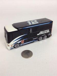 【送料無料】模型車 モデルカー スポーツカー ホットホイールバス#2002 hot wheels nascar luxury rides 5 alltel bus 12 diecast toy vehicle
