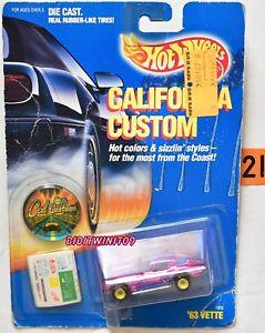 【送料無料】模型車 モデルカー スポーツカー ホットホイールカリフォルニアカスタムパープルバスカードhot wheels 1989 california custom 63 vette purple bad card