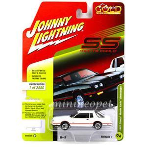 【送料無料】模型車 モデルカー スポーツカー ジョニーホワイトシボレーモンテカルロエアロクーペjohnny lightning jlcp7109 b 1987 chevrolet monte carlo aerocoupe 164 white