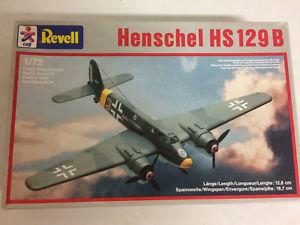 【送料無料】模型車 モデルカー スポーツカー プラスチックモデルキットスケールオープンボックスplastic model kit scale 1 72 revell n 4169 henschel hs 129 b in open box