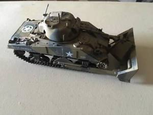 【送料無料】模型車 モデルカー スポーツカー タンク21st century toys 132 tank military vehicles 7