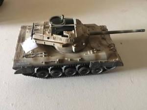 【送料無料】模型車 モデルカー スポーツカー タンク21st century toys 132 tank military vehicles 3