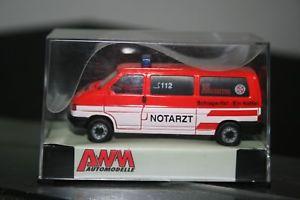 【送料無料】模型車 モデルカー スポーツカー ショーケースvw t4 nef johanniter stuttgart awm 72427 ovp pcvitrine