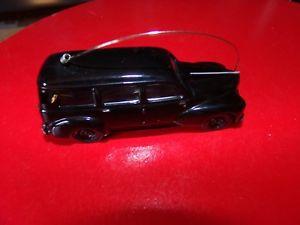 【送料無料】模型車 モデルカー スポーツカー ミニチュアプジョーvoiture miniature 143 norev  peugeot 203 break gendarmerie 2 choix possible