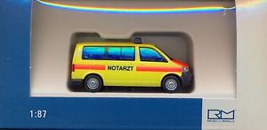 【送料無料】模型車 モデルカー スポーツカー フォルクスワーゲンrietze notarzt salzlandkreis vw t 5