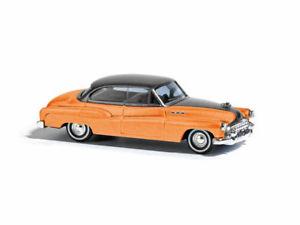 【送料無料】模型車 モデルカー スポーツカー ブッシュビュイックリムジンオレンジメタリック