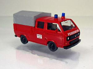 【送料無料】模型車 モデルカー スポーツカー フォルクスワーゲンフォルクスワーゲンダブルキャビンwiking 029305 volkswagen vw t3 doppelkabine feuerwehr scale 1 87 neu ovp