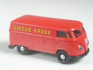 【送料無料】模型車 モデルカー スポーツカー トップ#ボックスサーカスクローネtop brekina 3260 vw t1 kasten circus krone in ovp