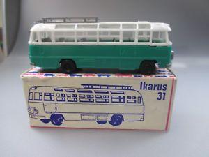 【送料無料】模型車 モデルカー スポーツカー ベルリンプラストバストラックveb berlinplast espeweikarus 311 bus in okt vom 31 , spur h0 ssk12